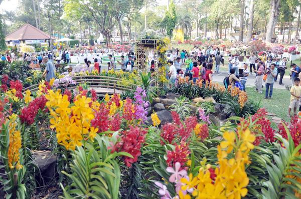 địa điểm chụp hình tết ở công viên Tao Đàn Tp Hồ chí minh